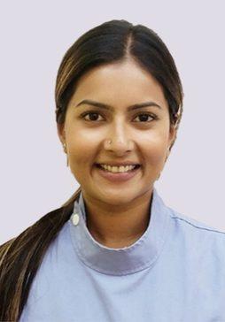 Dr.-Darshini-Ratnaraj_ce7cb8a85978f06d48bb752644a2ac22 260×364